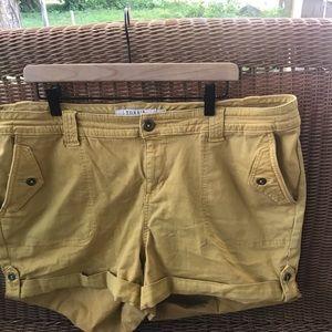 Torrid dark yellow/mustard shorts with cuff